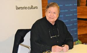 """Boni lançou em SP """"Unidos do Outro Mundo- Dialogando com os Mortos"""""""