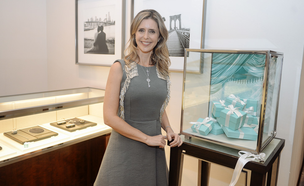 d0504eb3cb104 Cocktail Keys for a Holiday da Tiffany   Co. Brasil no Cidade Jardim ...