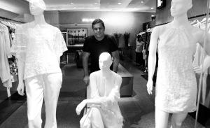 Rodrigo Trussardi e Daniella Suplicy em lançamento da Super Suite 77