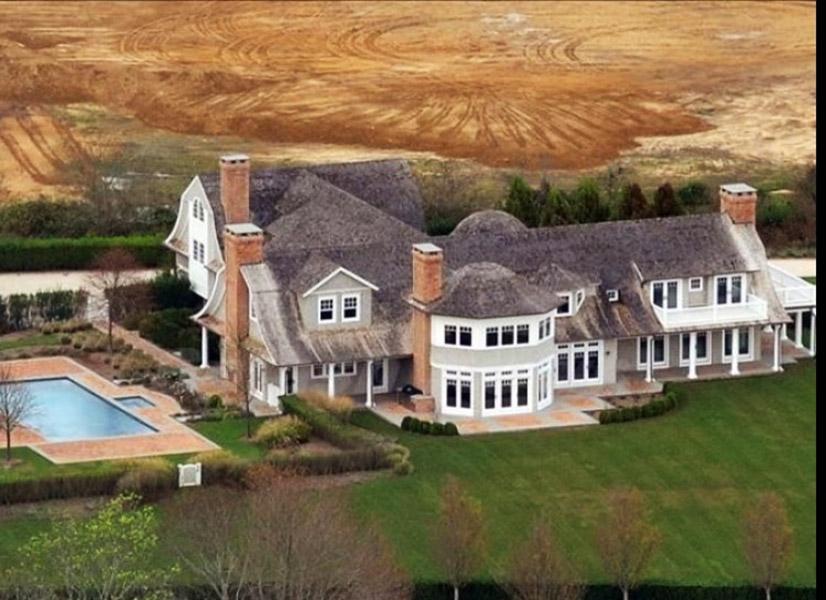 Jennifer Lopez tem uma mansão avaliada em US$ 10 milhões nos Hamptons