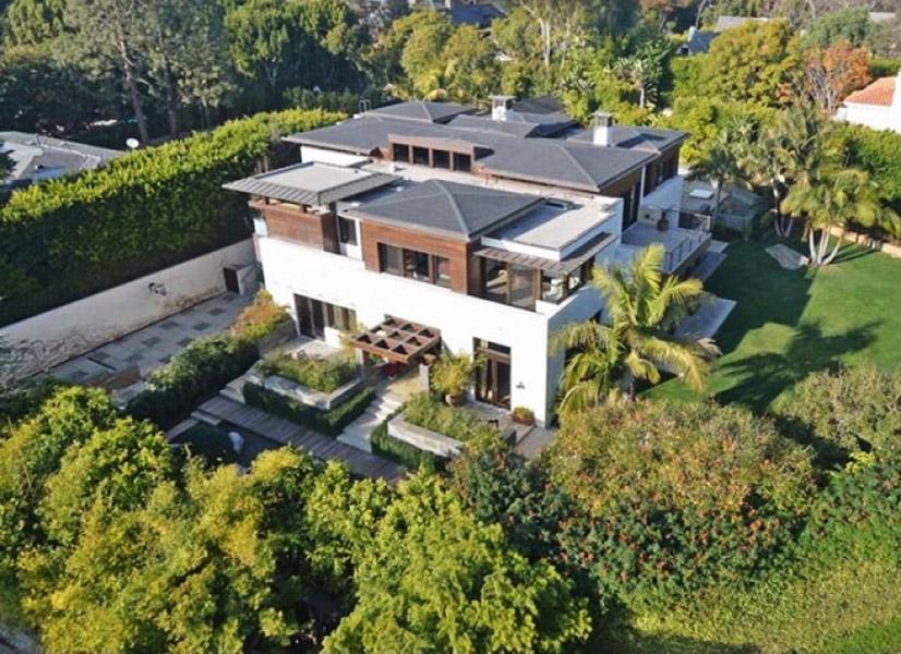 Mansão de Matt Damon avaliada em US$ 15 milhões no bairro de Pacific Palisades, em Los Angeles