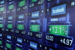 Cofrinhos cheios para o Facebook em 2015. Já para o Twitter…