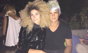 Diego Rodrigues e Jimy Semple comemoram aniversário com festa da peruca