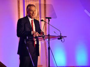 Tony Blair faz palestra em SP sob forte esquema de segurança