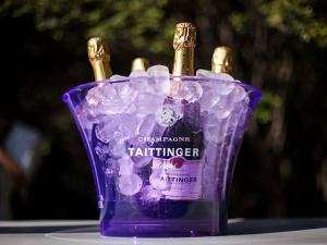 Champagne Taittinger recebe convidados na Casa Glamurama Trancoso