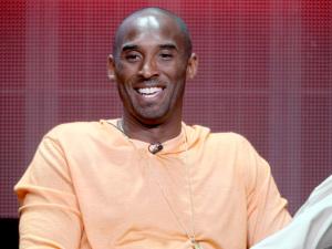Kobe Bryant se aposenta e entra pro clube dos atletas que mais lucraram