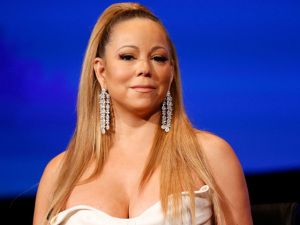 Gripe faz Mariah Carey ser internada em Nova York. Vem saber