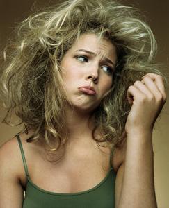 Laces and Hair entrega os cuidados para cabelos clareados no verão