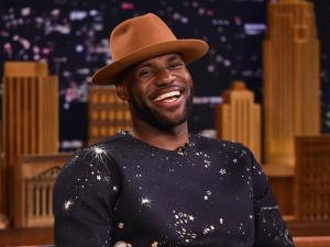 Após contrato vitalício com a Nike, saiba por que LeBron James vale tanto