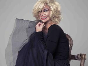 Danielle Winits fala sobre sua Marilyn Monroe dirigida por Marília Pêra