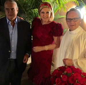 Riccy e Roberto Egydio de Souza Aranha comemoram 40 anos de casados