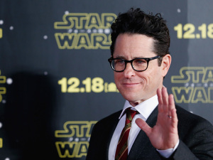 Com a estreia de Star Wars, entenda porque J.J. Abrams é o diretor da vez