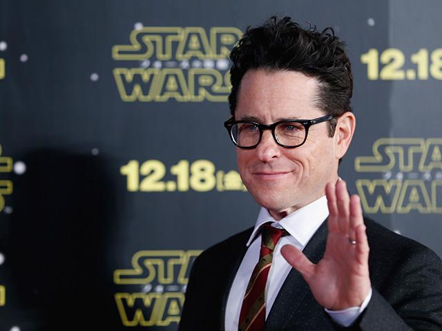 J.J. Abrams divulgando o novo Star Wars em Tokio