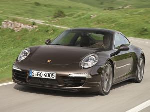 Motoristas de primeira viagem caem em pegadinha da Porsche. Entenda!