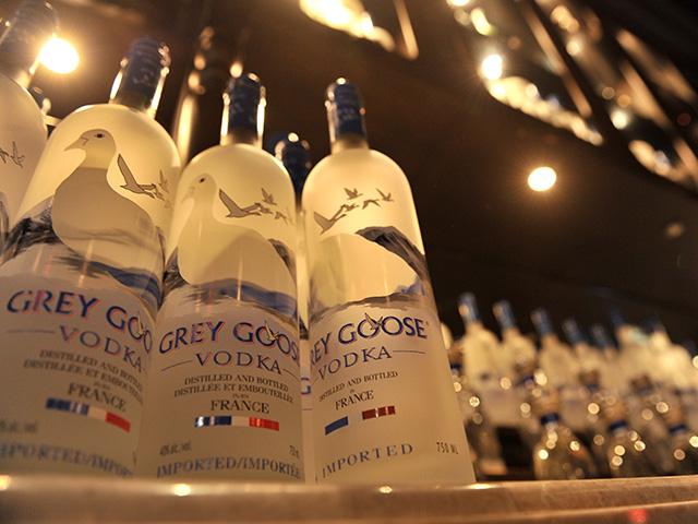 Grey Groose é a patrocinadora do Café de La Musique Trancoso
