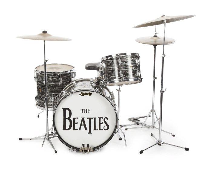 """o kit de bateria Ludwig que Ringo usou na gravação dos hits """"Can't Buy Me Love"""" e """"I Want to Hold Your Hand"""""""