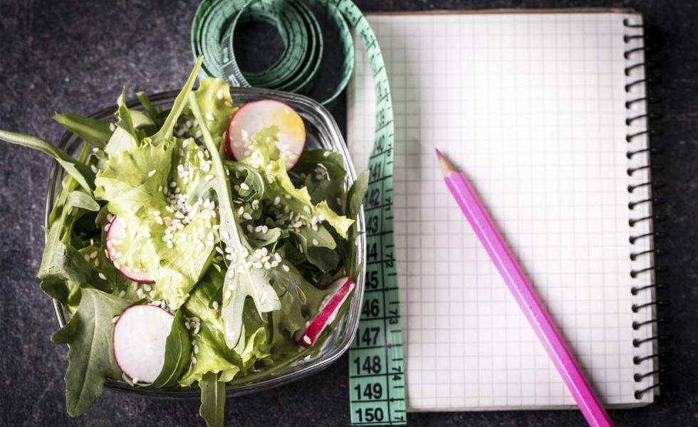 10° Dieta Jenny Craig - O programa existe desde 1983 e foi criado por Jenny Craig e seu marido. O cardápio é customizado e as refeições são entregues na casa das pessoas, mas somente nos Estados Unidos. Nota geral: 3,7