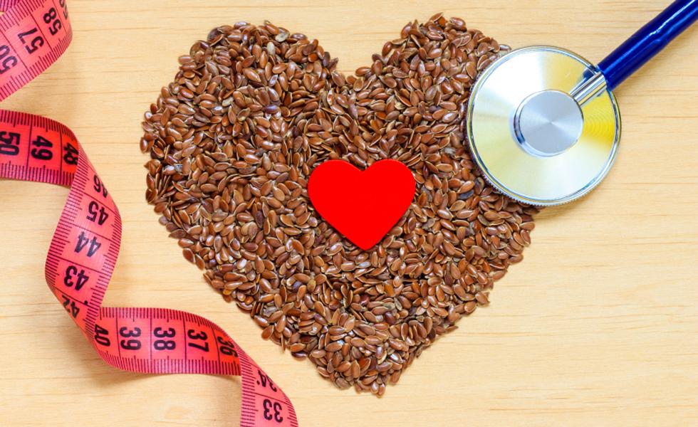 """3° - Dieta TLC - Diminuir o colesterol é o ponto de partida desta dieta. Ela diminui os níveis de colesterol em até 10% em seis semanas. A carne e o leite são os principais alimentos a terem o consumo reduzido, já que seu princípio é diminuir a ingestão de gordura saturada. O foco não é a perda de peso. TLC significa """"Therapeutic Lifestyle Changes"""" (Mudanças Terapêuticas de Estilo de Vida). Nota geral: 4"""