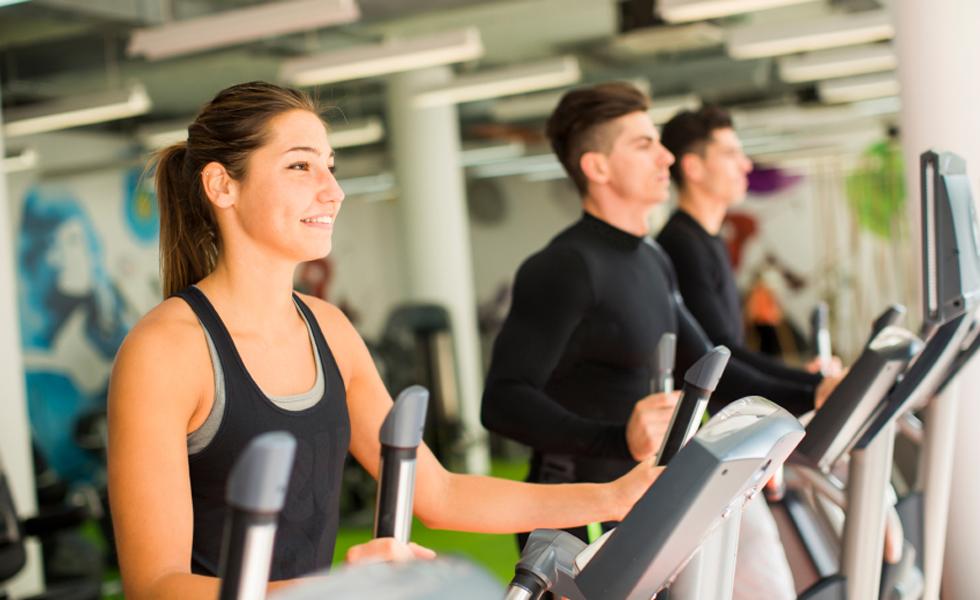 5° - Dieta da Clínica Mayo (Estados Unidos) - Que tal emagrecer 45 kg em um ano? É isso que promete esta dieta que foca no longo prazo, além de criar um novo estilo de vida que ajuda também a manter o peso. A proposta é trocar 5 hábitos ruins por 5 saudáveis, além de praticar 30 minutos de exercícios moderados por dia.Nota geral: 3,9