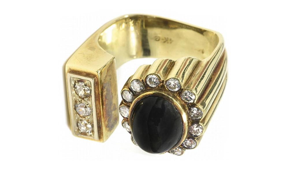 303aaa2e4de Anéis de diamantes e relógios de ouro de Elvis Presley vão a leilão ...
