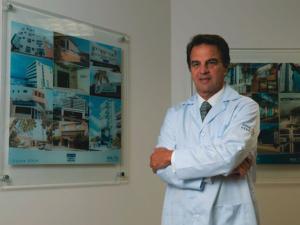 Bilionário brasileiro Jorge Moll Filho vê sua fortuna alcançar US$ 3 bi