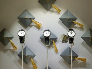 A obra da designer para a Baume & Mercier