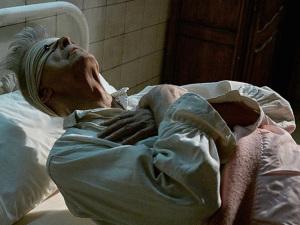 "David Bowie lança vídeo perturbador para a música ""Lazarus"""