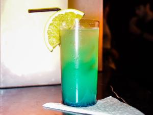 Blue Velvet: aqui a receita do drink do verão na Posh Club