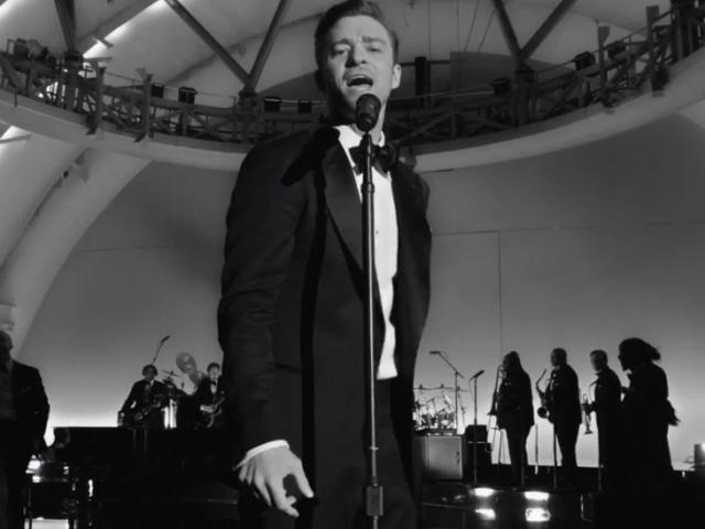 "Justin Timberlake em ""Suit & Tie"""