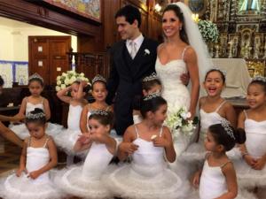 Daminhas de honra emocionam no casamento de Giovana Puoli e Marcel Sobrado