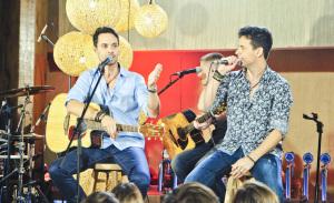 Dupla sertaneja Mateus & Cristiano grava DVD com artistas convidados
