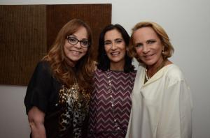 Katia Leite Barbosa comemora 60 anos ao lado de Gloria Perez