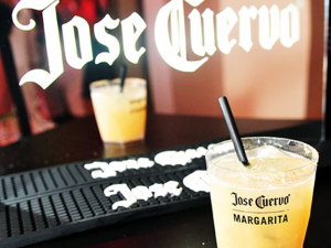 E o grande homenageado do dia da Jose Cuervo no Expresso 2222 é…