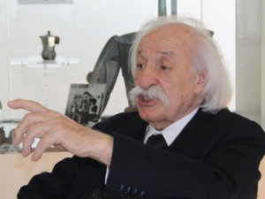 Cafeteira moka virou urna para as cinzas do empresário Renato Bialetti
