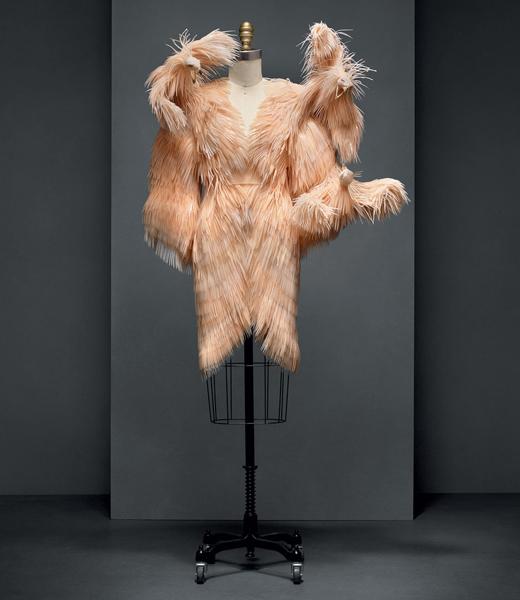 "Vestido Iris van Herpen - ""Manus x Machina: Fashion in an Age of Technology"""