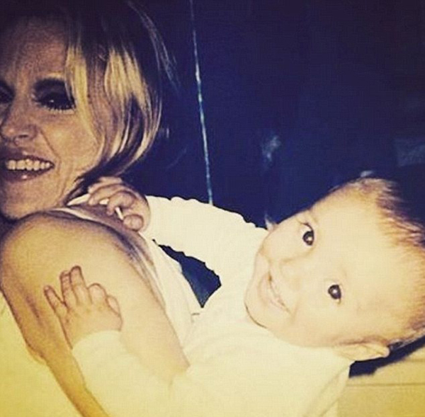 Madonna e Rocco, ainda bebê