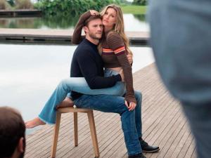 Bastidores da campanha de Gisele com filho de Clint Eastwood para a Colcci