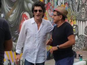 Ron Wood e Luis Maluf no Beco do Batman
