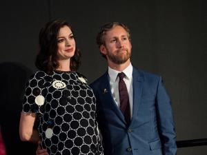 Anne Hathaway começa família em um apartamento de R$ 9,6 milhões
