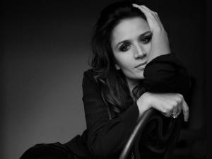 Cantora italiana revelação lança CD com vocais de Gil e Chico Buarque