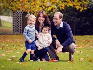 """""""Me digam que vai ficar mais fácil"""", diz William sobre criação dos filhos"""