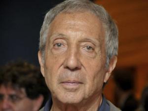 Abílio Diniz aumenta participação no Carrefour e bolsa de Paris reage