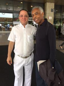 Depois de quadro de hipertensão, Gilberto Gil recebe alta