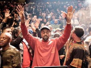Mais, sempre mais… Kanye West agora é dono de loja em Nova York