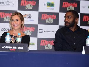 Lazaro Ramos e Adriana Esteves em um papo sobre vingança e… dogs!