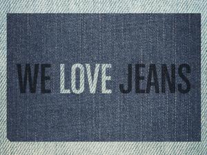 Ação especial DZARM.: compre um jeans e personalize na hora