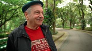 """Aos 76, Antonio Bivar é entrevistado no """"Muitos Anos de Vida"""""""