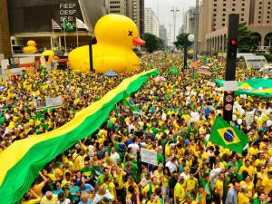 """PSDB já fala em """"pós-impeachment"""" e continuidade da Lava Jato"""