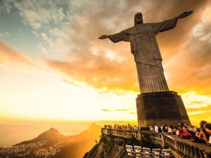 De Taís Araújo a Felipe Veloso, as homenagens no aniversário do Rio