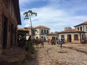 """Conheça a nova cidade cenográfica de """"Liberdade, Liberdade"""", no Projac"""